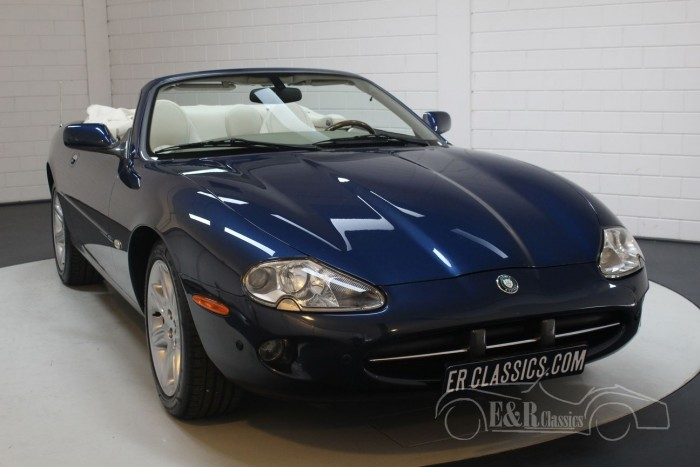 Jaguar XK8 Cabriolet 2000 for sale