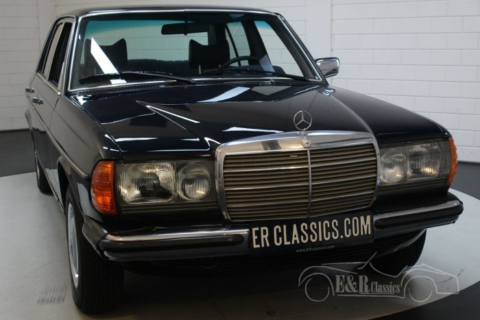 Mercedes-Benz 250 W123 Sedan 1978  for sale