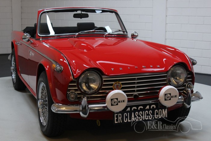 Triumph TR4A IRS 1966  for sale
