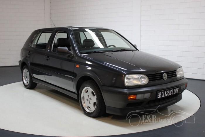 Sprzedaż VW Golf GT