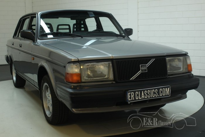 Volvo 240GLT Saloon 1991  for sale