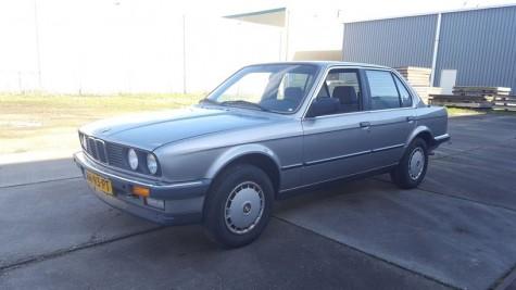 بي ام دبليو 320i E30 1986 للبيع