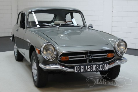 Buying a classic car? ER Classics has 250 classic cars for sale