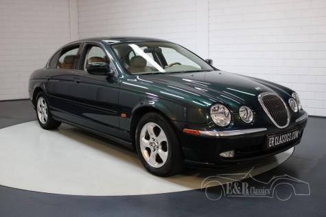 Jaguar S-Type à venda