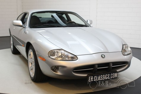 Jaguar XK8 Coupé 1999 à venda