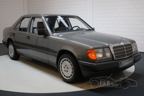 Mercedes-Benz 200 1989  for sale