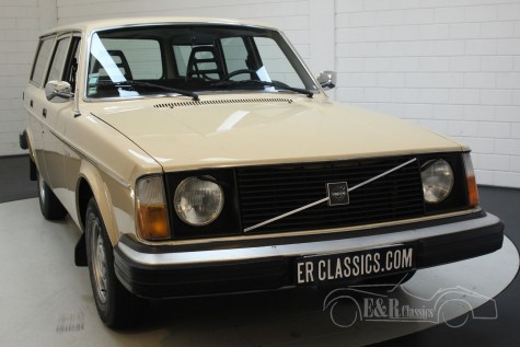 Volvo 245 DL Station 1976  for sale