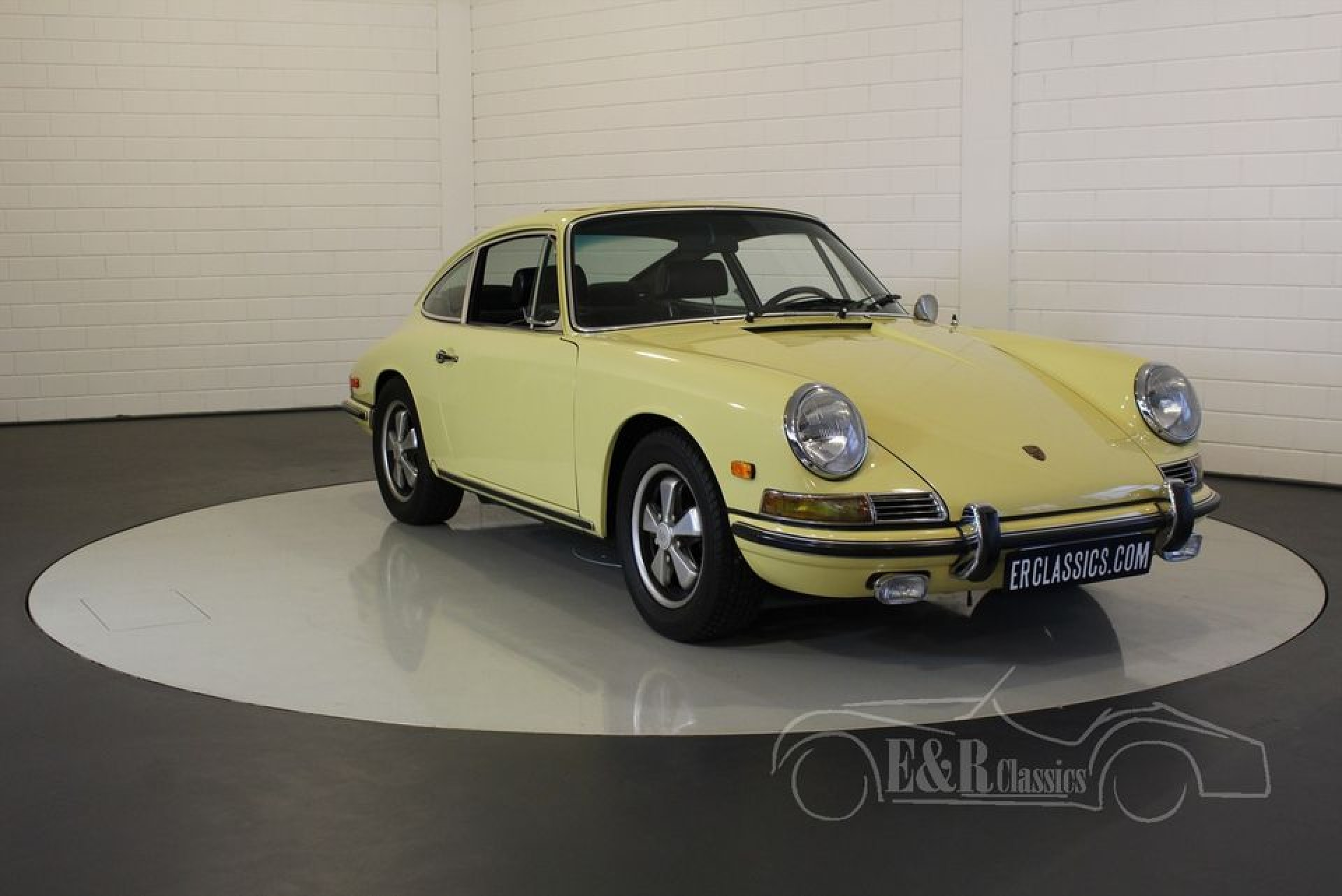 porsche 911l coupe 1968 for sale at erclassics. Black Bedroom Furniture Sets. Home Design Ideas