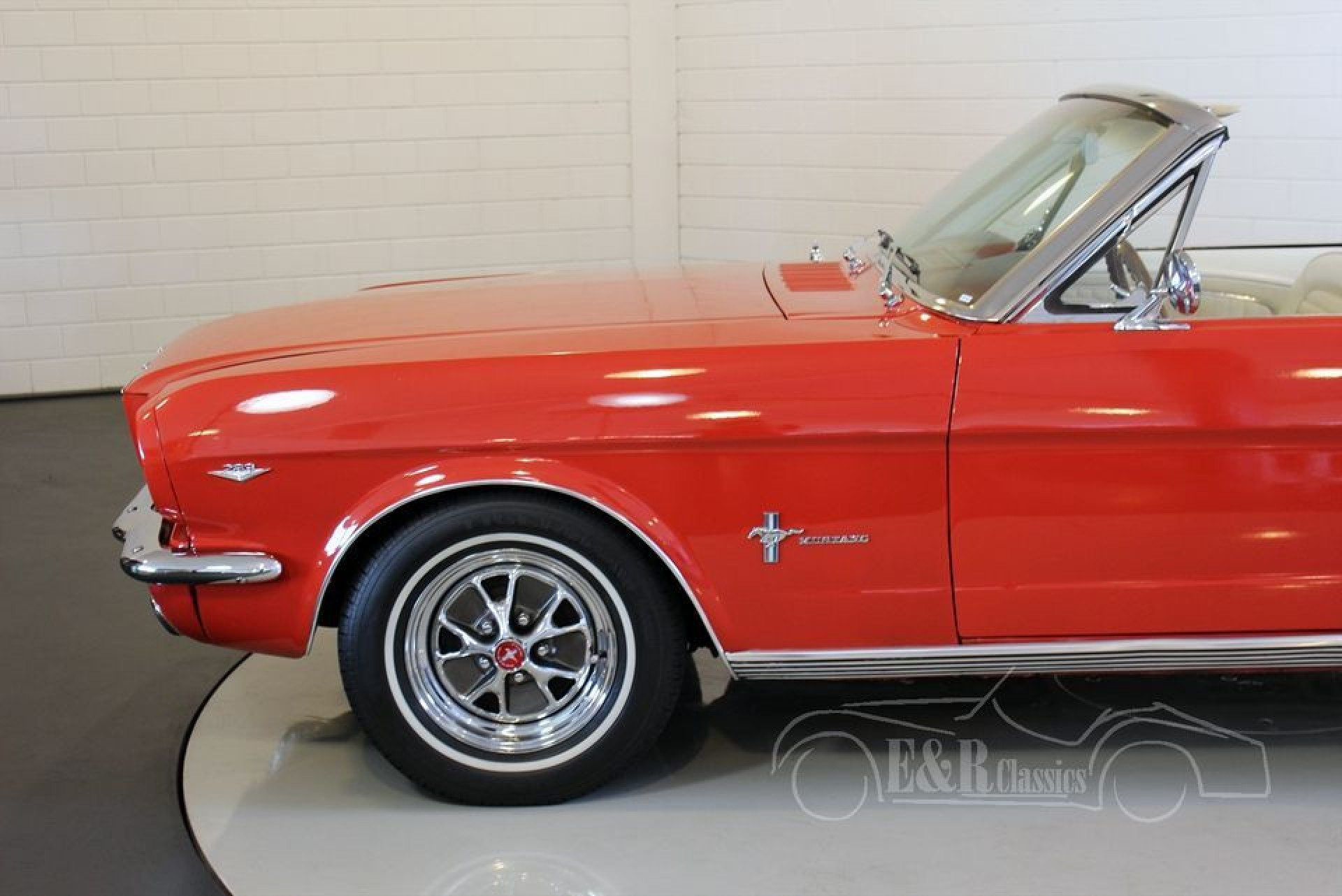 ford mustang convertible v8 1965 for sale at erclassics. Black Bedroom Furniture Sets. Home Design Ideas