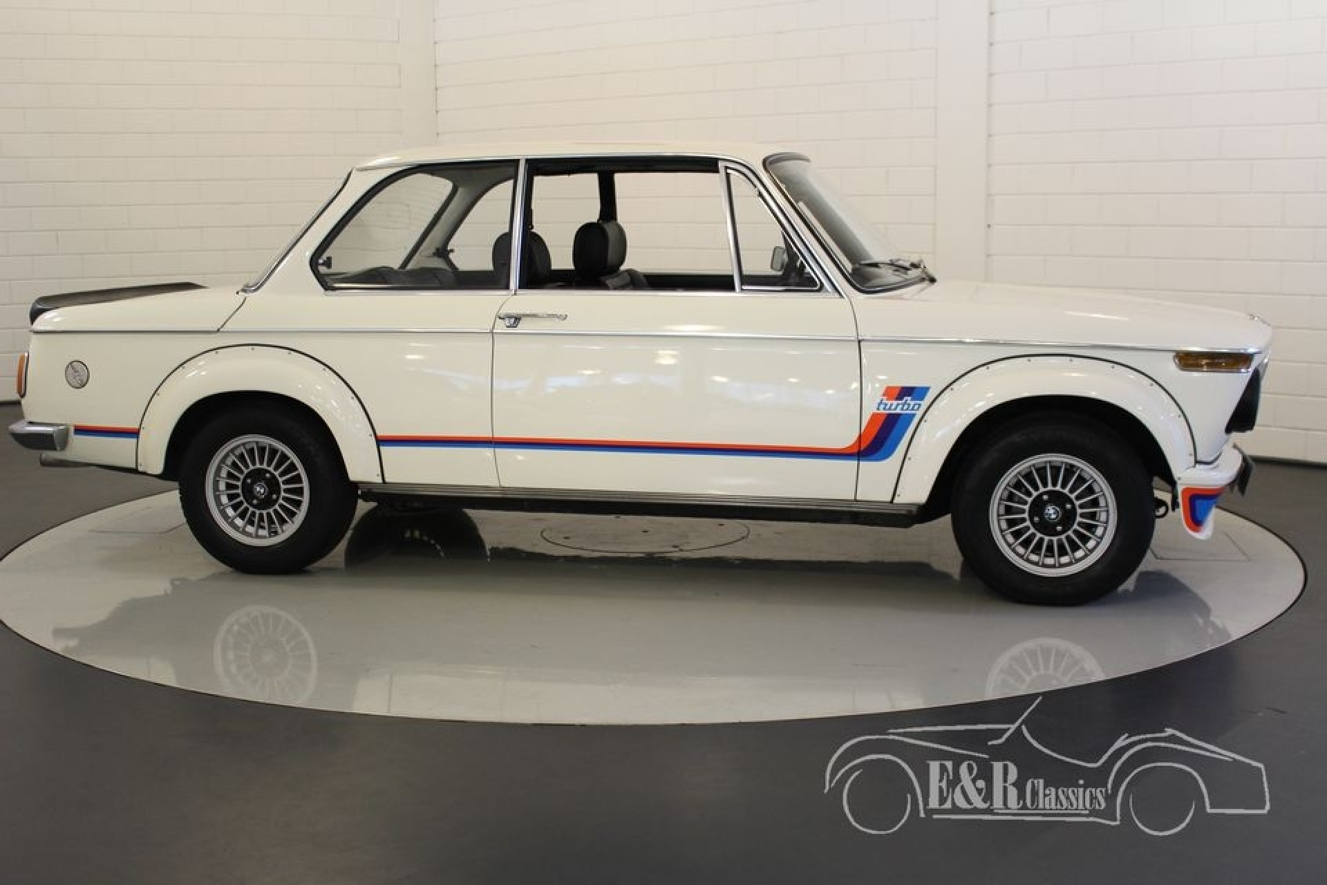 bmw 2002 turbo look 1974 for sale at erclassics. Black Bedroom Furniture Sets. Home Design Ideas