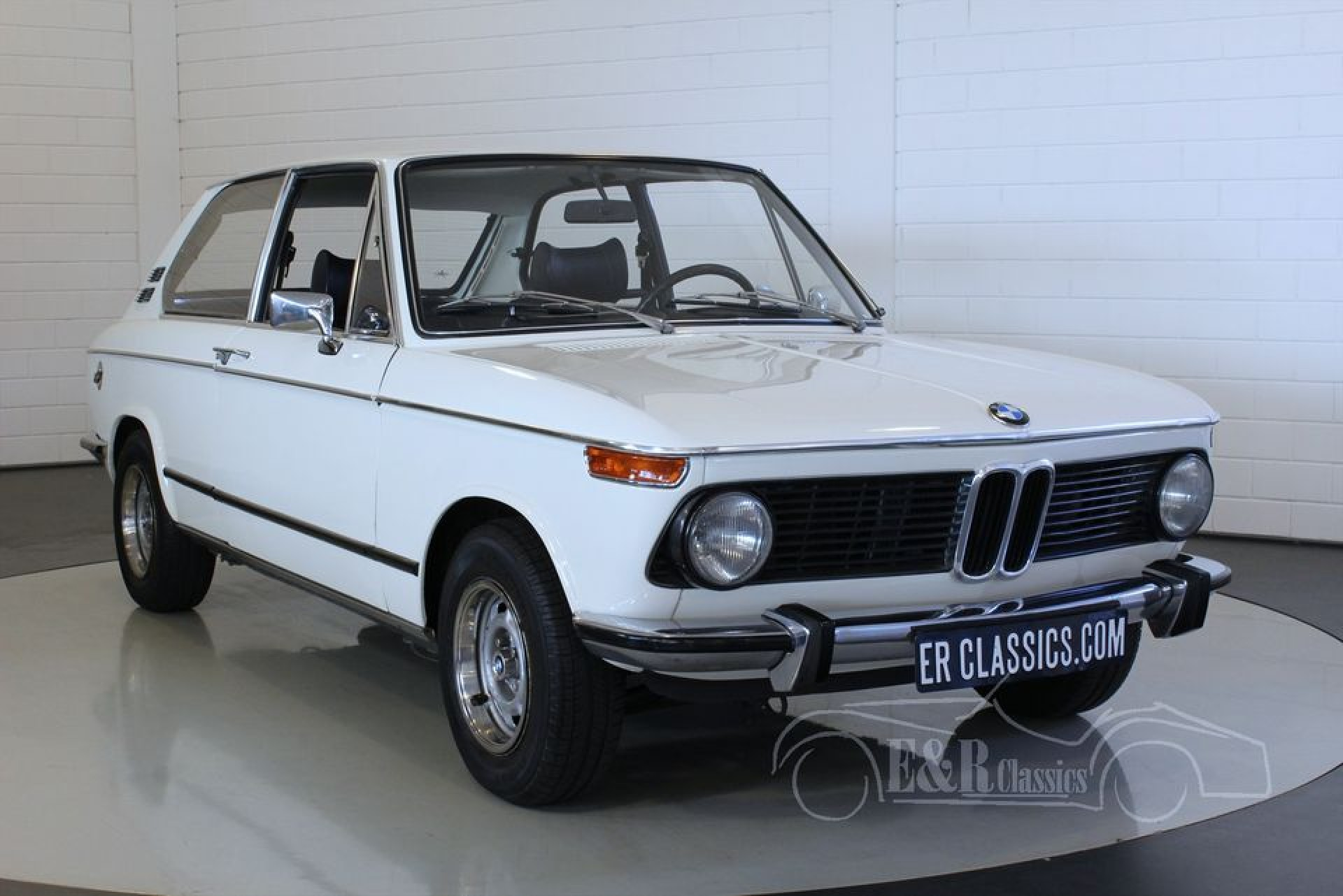 bmw 2002 touring 1974 for sale at erclassics. Black Bedroom Furniture Sets. Home Design Ideas