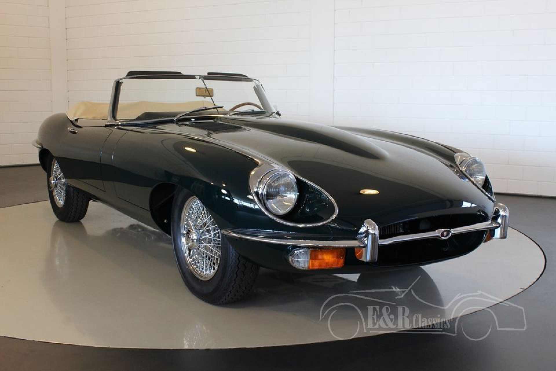 jaguar e type cabriolet 1970 for sale at erclassics. Black Bedroom Furniture Sets. Home Design Ideas