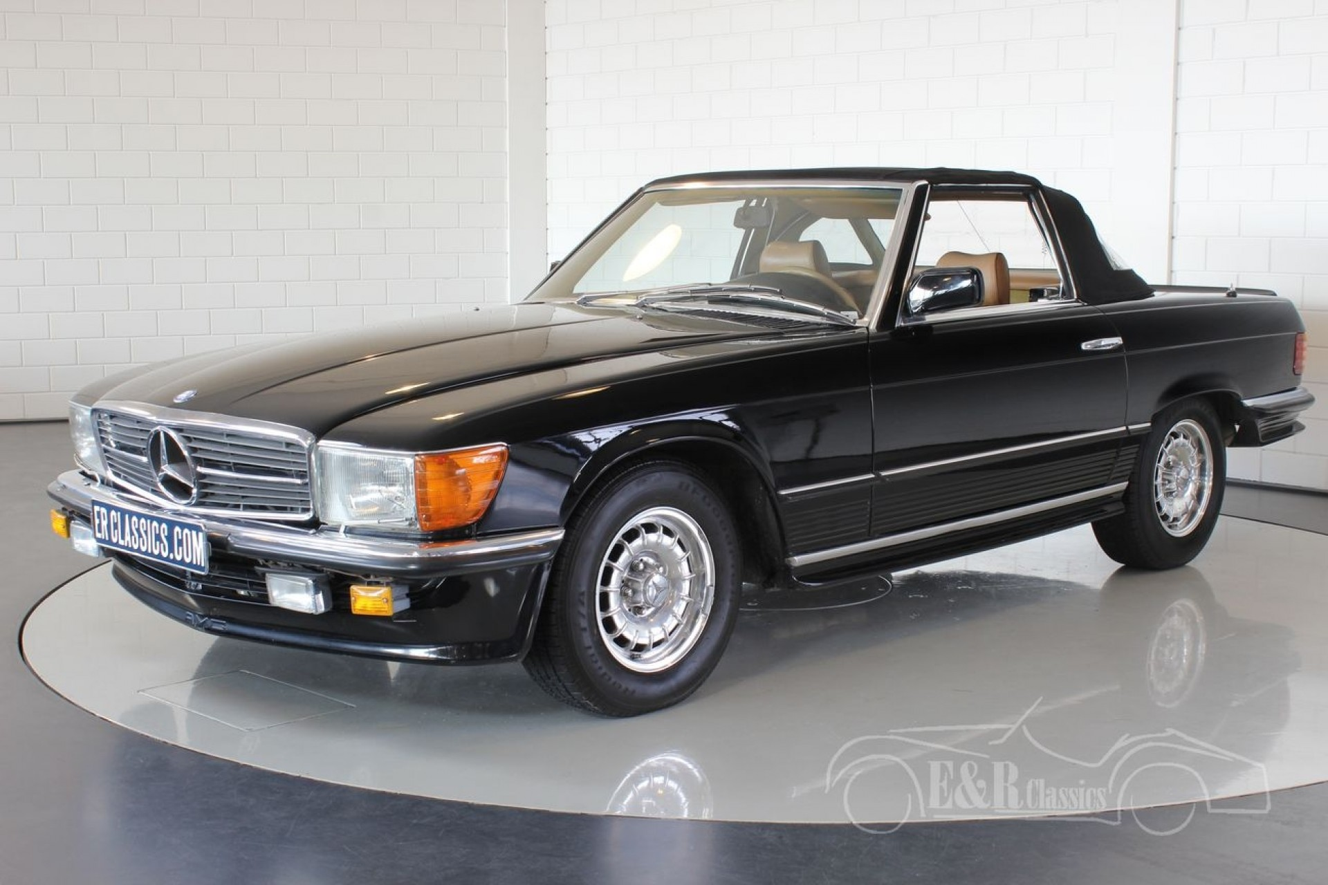 Mercedes benz 380 sl cabriolet 1985 for sale at erclassics for Mercedes benz sl550 for sale