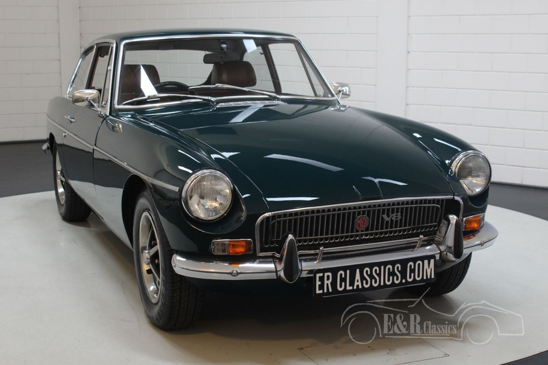 MGB GT V8 Costello 1972 for sale at ERclassics