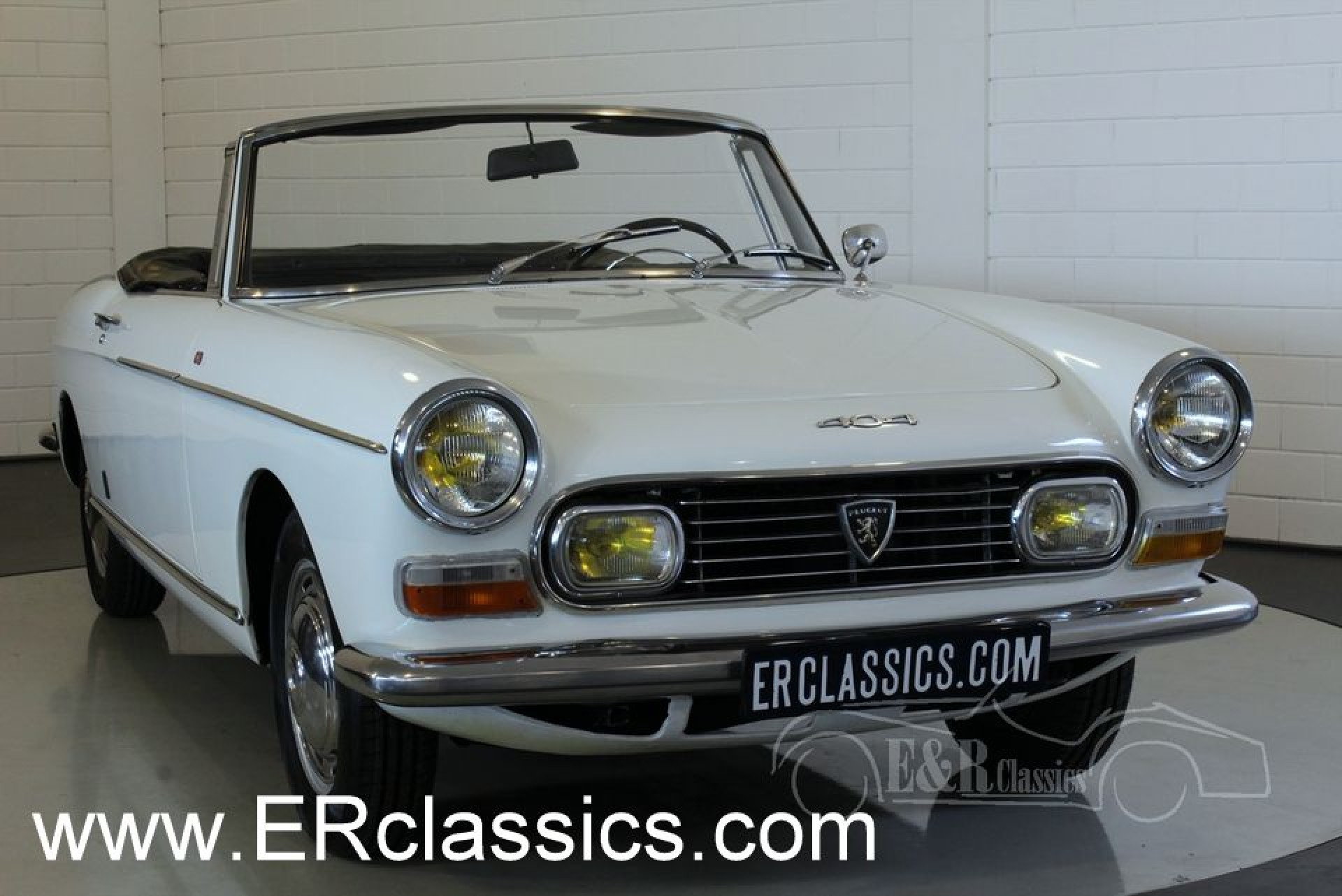 peugeot 404 cabriolet 1967 for sale at erclassics. Black Bedroom Furniture Sets. Home Design Ideas