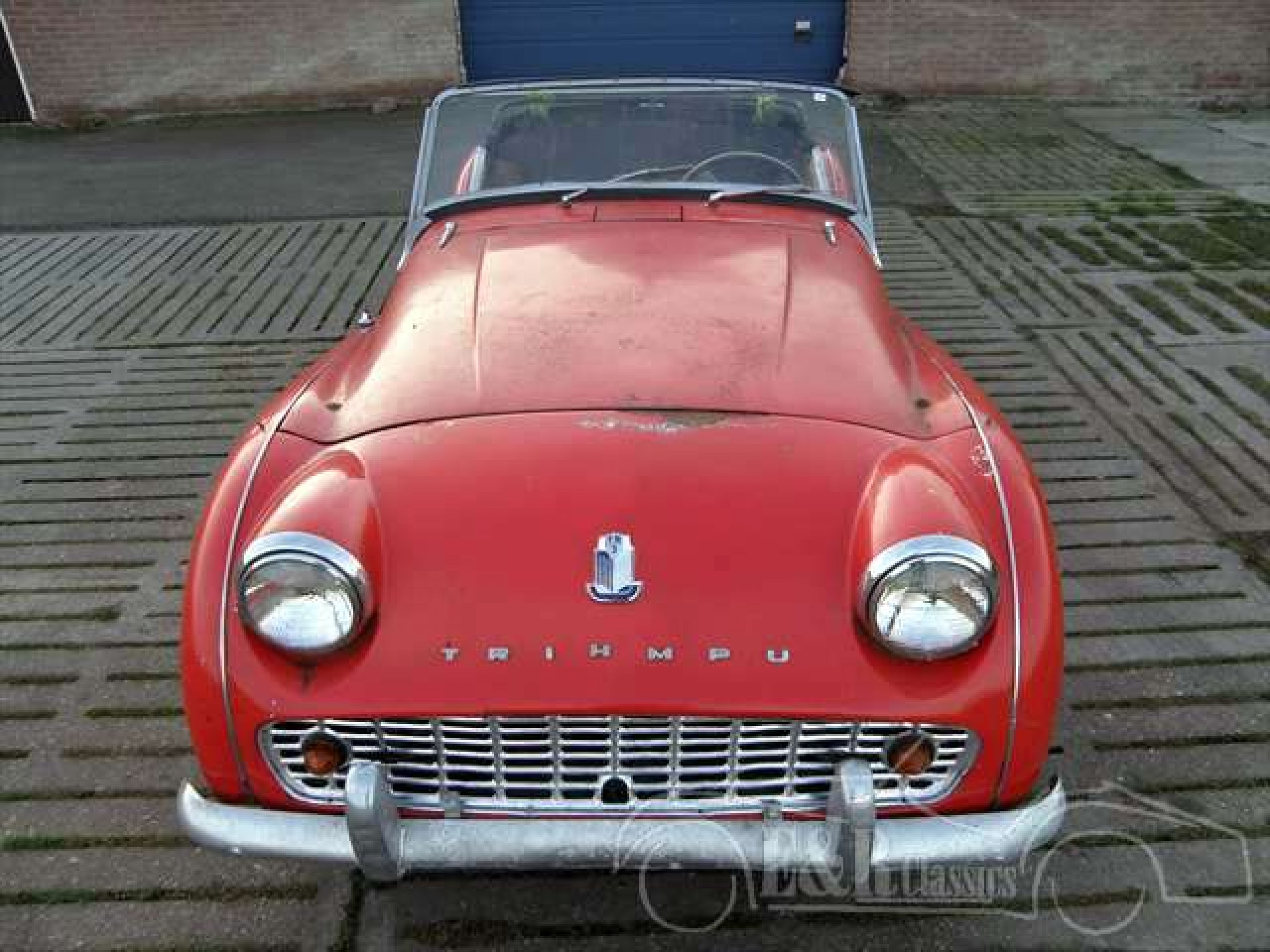 Triumph classic cars triumph oldtimers for sale at e r for Triumph motor cars for sale