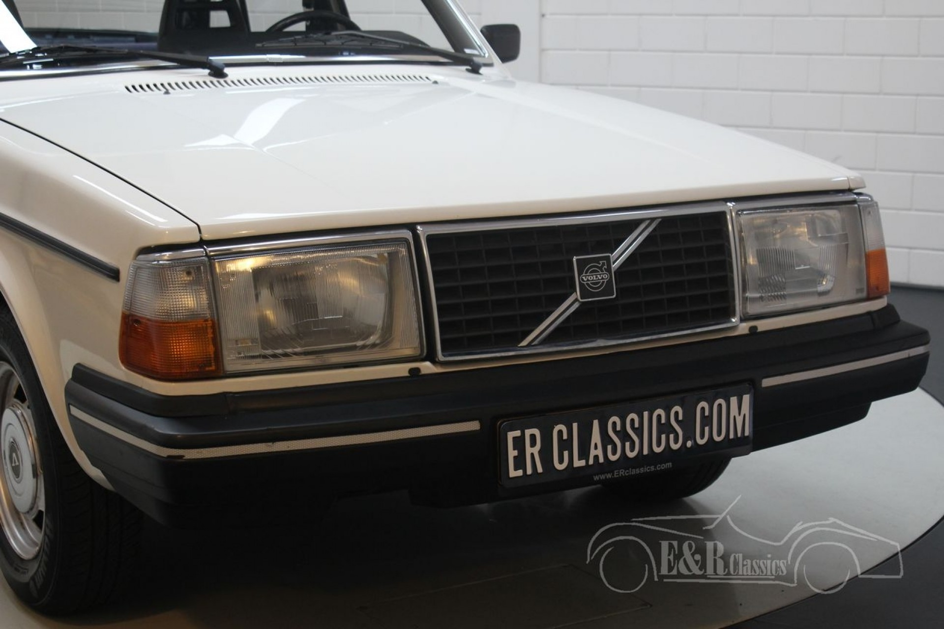 Volvo 240 Dl Sedan 1985 For Sale At Erclassics