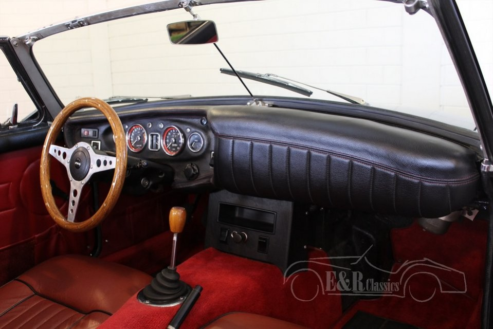 Mgb Cabriolet 1968 Black With Red Leather Interior Restored