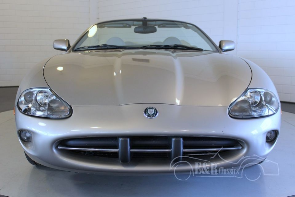 Jaguar xk8 2000 for sale at erclassics for House classics 2000
